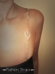 Fashionstraps - Single Row  Clear Diamantes With A Small Heart In Gold Coating 07C